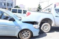 ADıYAMAN ÜNIVERSITESI - Adıyaman'da Zincirleme Kaza