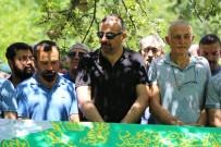 Artvin'deki Kazada Ölen Aynı Aileden 4 Kişi Toprağa Verildi