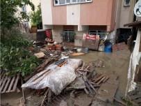 KÜÇÜK ÇOCUK - Ataşehir'de Bir Dairenin Zemin Katını Su Bastı