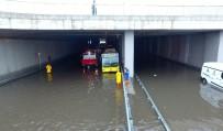 AVRASYA - Avrasya Tünel Girişindeki Su Birikintisi Havadan Görüntülendi