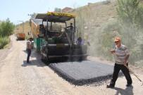 BİTLİS - Bitlis'te Yol Asfaltlama Çalışması
