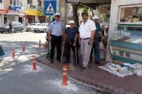 TÜRKIYE SAKATLAR DERNEĞI - Burhaniye'de Engelli Geçişlerine Park Eden Yandı