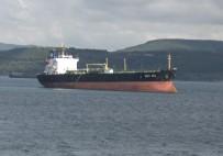 ÇANAKKALE BOĞAZı - Çanakkale Boğazı'nda Gemi Karaya Oturdu
