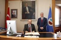 GÜNDOĞAN - Eskişehir Valisi Çakacak, Rektör Gündoğan'ı Ziyaret Etti
