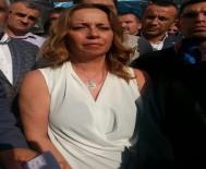EGE ÜNIVERSITESI - Fırat Çakıroğlu'nun Anne Ve Babası Çıkan Karara Sevindi