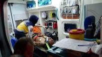 DUMLUPıNAR ÜNIVERSITESI - Havalandırma Boşluğuna Düşen İranlı Mülteci Ağır Yaralandı