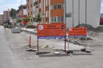 KALDIRIMLAR - Karayolları Bölge Müdürlüğü Şehir İçi Yol Ve Kaldırımları Yapıyor