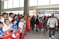 YAĞLI GÜREŞ - Kırkpınar Başpehlivanı Balaban'dan Başkan Uğur'a Ziyaret
