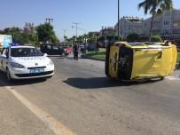KAZIM KARABEKİR - Manavgat'ta Trafik Kazası Açıklaması 9 Yaralı