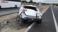 DİKKATSİZLİK - Otomobil Takla Attı Açıklaması 4 Yaralı