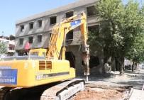 ÇAMLıCA - Şahinbey'de Yol Genişletme Çalışmaları İçin Boşaltılan Binalar Böyle Yıkıldı