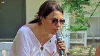 PARMAK - Yeşim Salkım Denizden Çıkıp Mikrofona Sarıldı