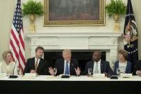 TRUMP - ABD Başkanı Trump, Beyaz Saray'da Cumhuriyetçi Senatörleri Ağırladı