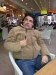 KARİKATÜRİST - Balgam Atan Karikatürist Özür Diledi