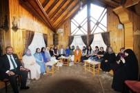 ŞEHİT YÜZBAŞI - Başkan Memiş İstanbul Bayburt Kültür Ve Yardımlaşma Derneği Kadın Kollarına Bayburt'u Anlattı