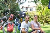 KıRGıZISTAN - Dünya Evine Girmeden Evvel Bisikletle Dünya Turuna Çıktılar
