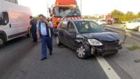TEMİZLİK ARACI - Kağıthane TEM'de Trafik Kazası Açıklaması 4 Yaralı