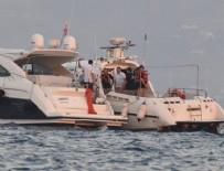 ÇAĞATAY ULUSOY - Kıvanç Tatlıtuğ ve Çağatay Ulusoy'un teknesine baskın yapıldı!