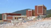 EREN ARSLAN - Milas'ta Yurt Çözümüne Bir Adım Kaldı
