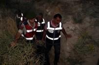 FAILI MEÇHUL - Yaşlı Kadını Altınları İçin Öldürüp 30 Metrelik Define Kuyusuna Gömdüler