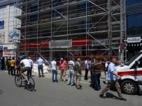 TAHRAN - Suriyeli İşçiler Boşluğa Düştü Açıklaması 1 Ölü, 1 Yaralı