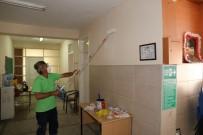 NAMIK KEMAL - Turgutlu Belediyesi, Okulları Yeni Görünüme Kavuşturuyor