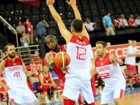 BASKETBOL TAKIMI - Türkiye, Polonya'ya Yenildi Açıklaması Bakan Olarak Son Maçını İzledi