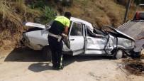 Virajı Alamayan Otomobil Önce Yayaya Çarptı, Sonra Uçuruma Yuvarlandı