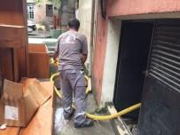 AHMET MISBAH DEMIRCAN - Yağmur Sonrası Beyoğlu'nda Temizlik Operasyonu