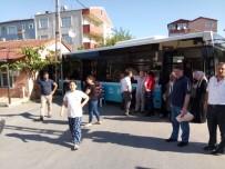 HALK OTOBÜSÜ - El Freni Çekilmeyen Halk Otobüsü Eve Girdi