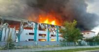 KAPAKLı - Korkutan yangın söndürüldü!