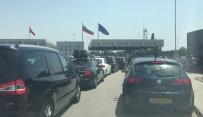 BULGAR - İşlemler Yavaşladı, Araç Kuyrukları Oluştu