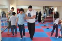 OTISTIK - Karaman'da Otizmli Çocuklar Sporla Hayata Bağlanıyor