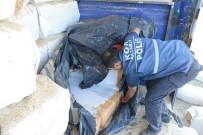 Samanların İçinden 50 Bin Paket Kaçak Sigara Çıktı