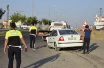 GÖRGÜ TANIĞI - Şanlıurfa'da İki Otomobil Çarpıştı Açıklaması 1'İ Ağır 4 Yaralı