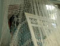 HALK OTOBÜSÜ - Ümraniye'de halk otobüsü eve çarptı
