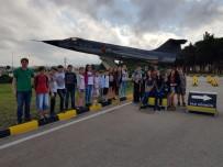 TROY - 60 Çocuk 6'Incı Ana Jet Üstünde F-16 Simülasyonuyla Deneyim Yaşadı