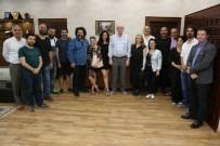 ÇEKIM - Başkan Kurt, Cenaze İşleri Film Ekibi İle Buluştu