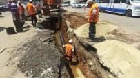 ŞEBEKE HATTI - İhsaniye Mahallesinin 50 Yıllık Kanalizasyon Hattı Yenileniyor