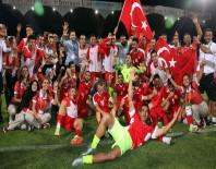 OLIMPIYAT - İşitme Engelliler Futbol Milli Takımı Üçlemenin İlk Adımını Attı