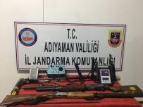 ALTIN ARAMA - Kaçak Kazı Yapanlar Suçüstü Yakalandı