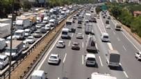 KURAL İHLALİ - 57 bin araçtan bin 49'u trafikten men edildi!