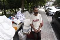 UĞUR MUMCU - Kirasını Ödeyemeyen Vatandaş Gece Yarısı Evden Çıkarıldı