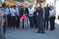 İLÇE MİLLİ EĞİTİM MÜDÜRÜ - Mahalleli Halk Toplantısına Gelmeyince Kaymakam Halkın Ayağına Gitti