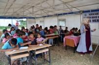 İLÇE MİLLİ EĞİTİM MÜDÜRÜ - Mevsimlik İşçilerin Çocukları İçin Çadır Okul