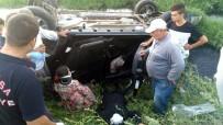Otomobil Kanala Devrildi Açıklaması 2'Si Çocuk 5 Yaralı