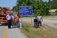 ALıŞKANLıK - Jandarma Trafik Timinden Hayat Kurtaran Emniyet Kemeri Uyarısı