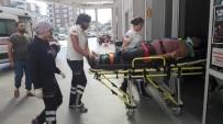 PAZAR ALIŞVERİŞİ - Pazara Giden Araç Uçurumdan Yuvarlandı 3 Yaralı