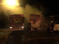 NAMIK KEMAL - Silivri'de Park Halindeki 4 Aracın Şüpheli Yangını