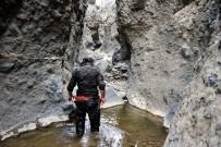 KAZANKAYA - Yozgat'taki 'Tırazın Kayalıkları' Keşfedilmeyi Bekliyor